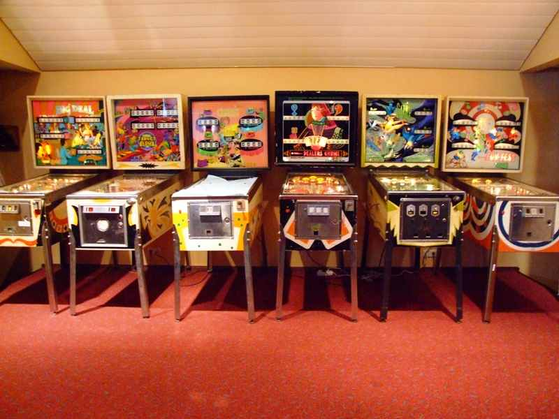 electro-mechanical pinball machines