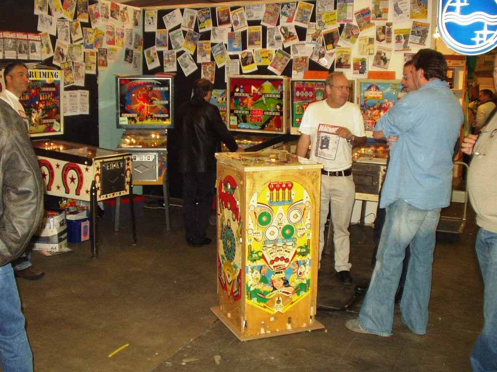 Flippers Be Rosmalen Jukebox Pinball Collector Show 2005