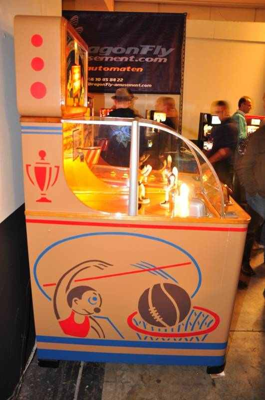 Flippers Be Pinball Machines On The Rosmalen 2010 Indoor