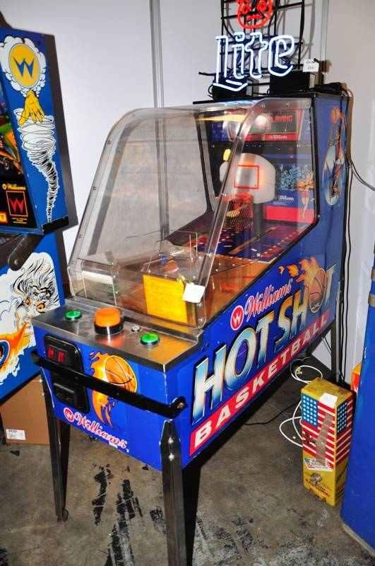 williams hot shot pinball machine