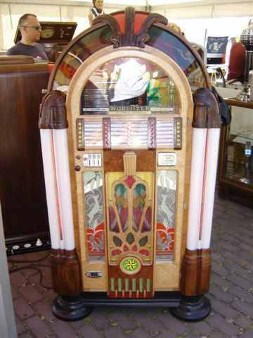 Wurlitzer 950 jukebox
