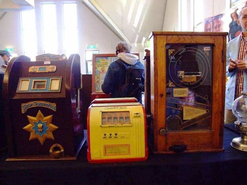 film star skillgames and slot machines
