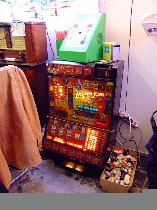 slots to play online indiana jones schrift