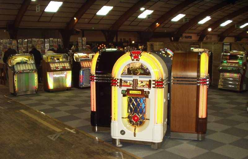 Wurlitzer CD jukeboxes