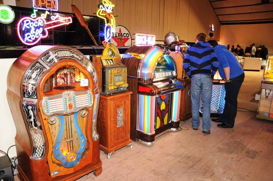 Flippers Be Wieze Golden Years Pinball Arcades Collector